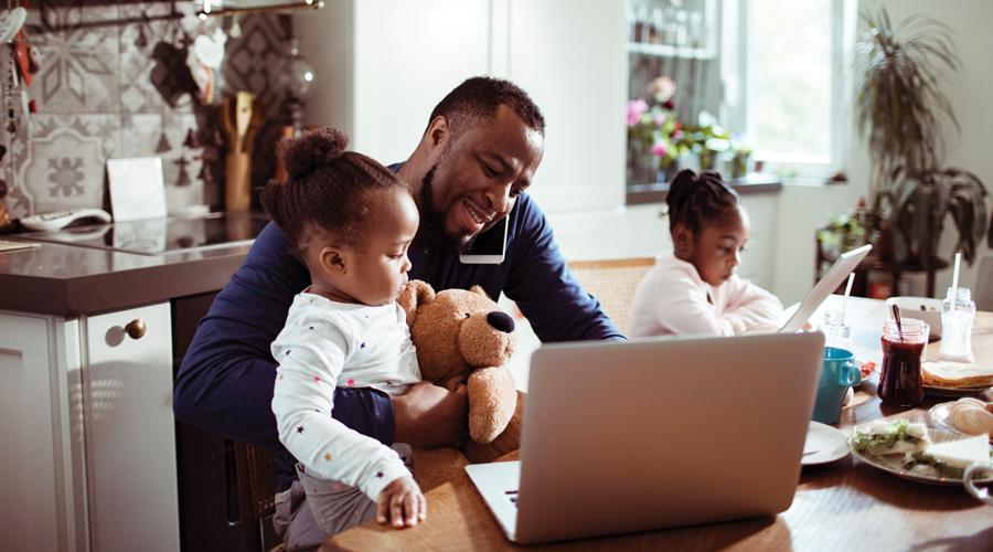 Parent multi-tasing with kids.